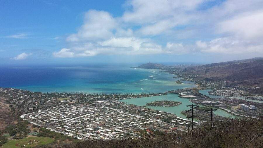 A view of a city, the ocean, and a harbor from the top of the Koko head trail