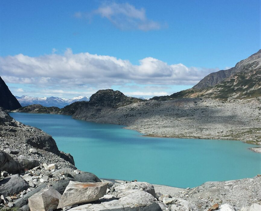 Views of mountains and the blue Wedgemount Lake