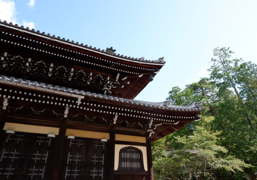The corner of a sub-temple at the Nanzen-Ji temple in Kyoto, brown and white; one of the best temples in Kyoto!