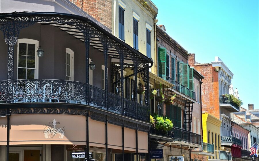 A few buildings and balconies in the New Orleans French Quarter, where you'll visit when you spend 3 days in New Orleans