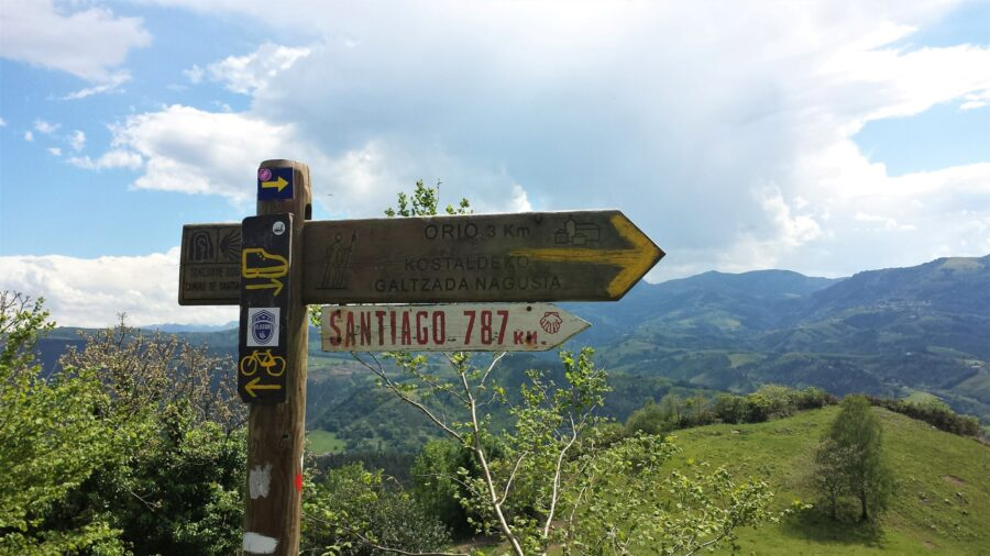 My Experience Traveling as a Student - A picture of a sign on the Camino de Santiago Norte, in northern Spain