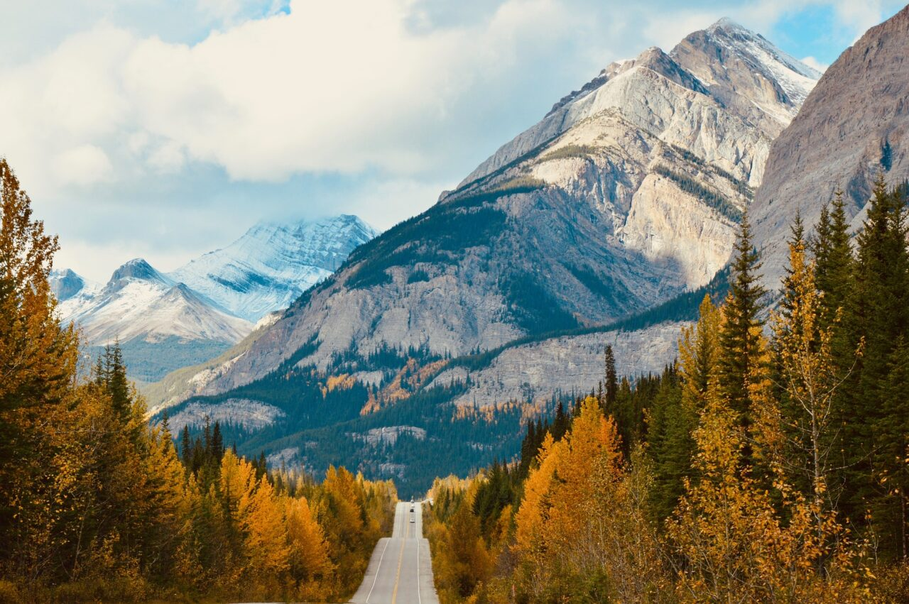 The Perfect 7-Day Canadian Rockies Road Trip: How to Drive from Calgary to Vancouver